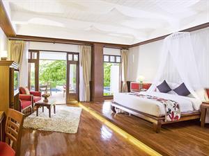 Samui Buri Beach Resort En Spa