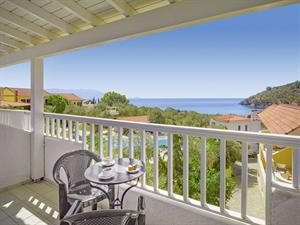 Hotel Limnionas Bay