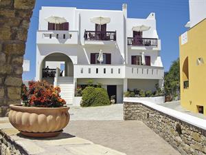 Hotel Pyrgos Beach Studios