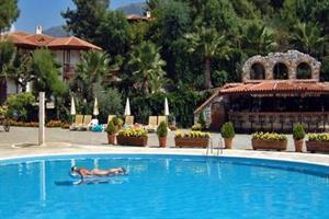 Hotel Montana Pine Resort