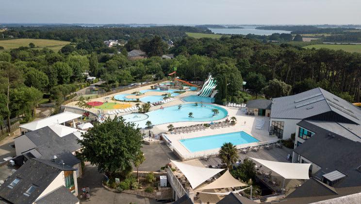 22 daagse kampeervakantie naar Le Mane Guernehue in baden, frankrijk