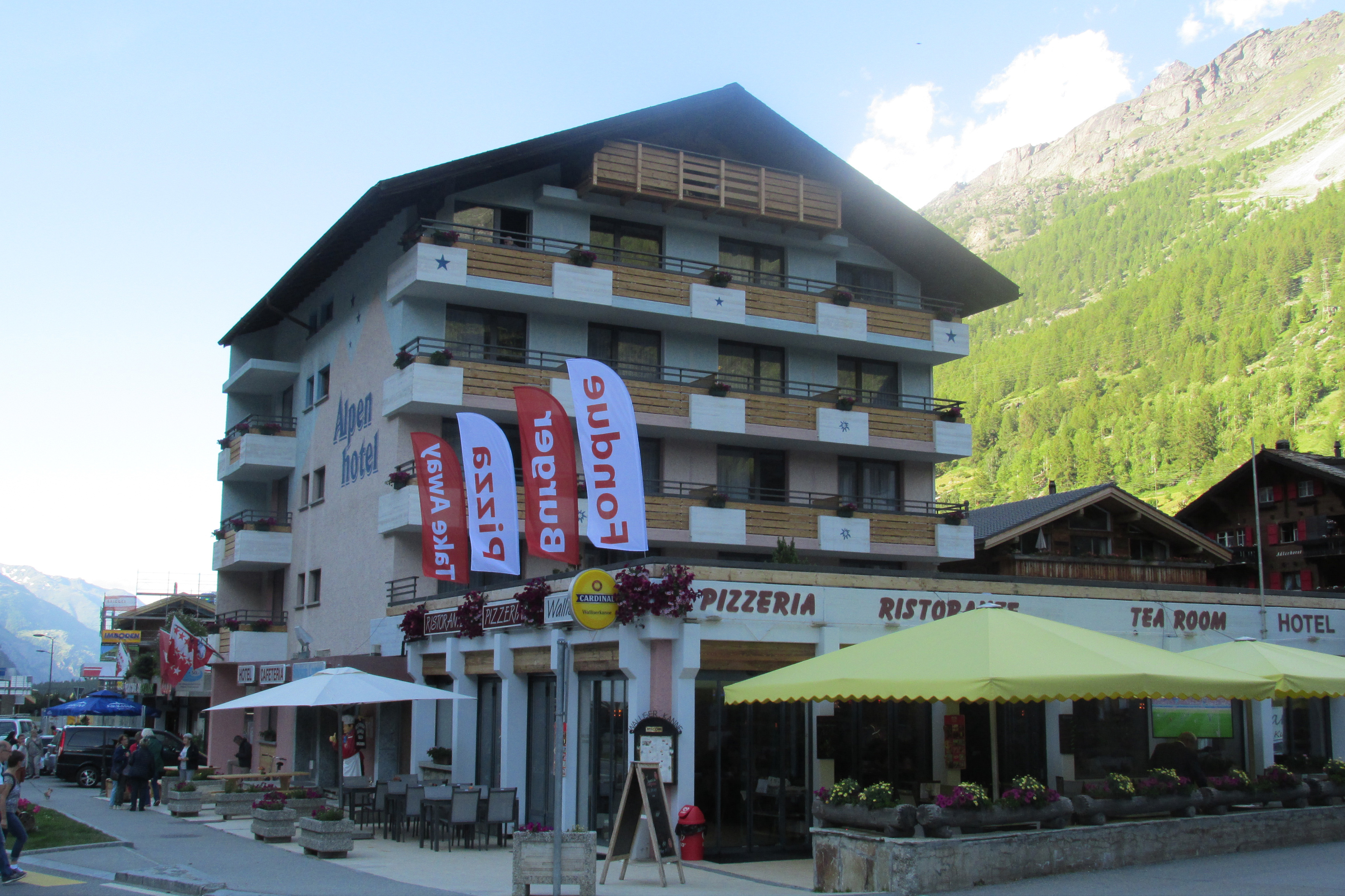 8 daagse wintersport vakantie naar Swiss Budget Alpenhotel in tasch, zwitserland