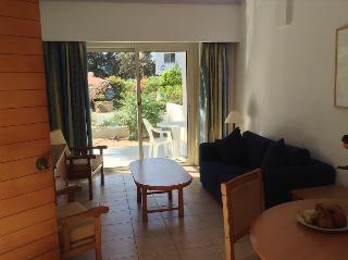 8 daagse vliegvakantie naar Paphos Gardens Holiday Resort in paphos, cyprus