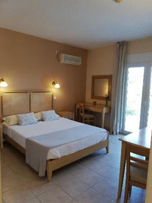 Astra Village En Suites