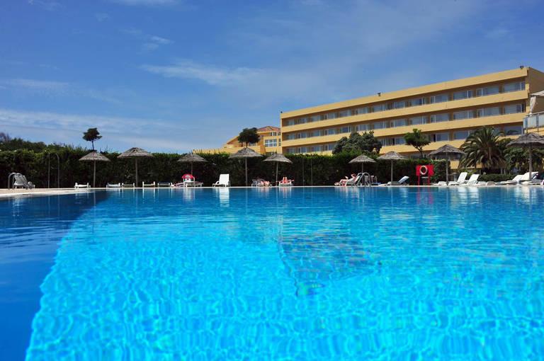 8 daagse vliegvakantie naar Axis Ofir Beach Resort in esposende, portugal