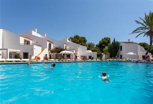 Hier de wijde zee, daar de terrasjes, om de hoek een uitdagend aquapark. meer heb je niet nodig voor een ...