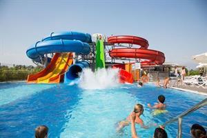 Water Side Resort en Spa