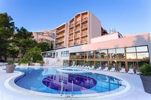 Kroatie, Midden-dalmatie, Baska Voda