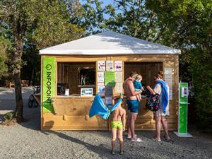 - Camping Montescudaio