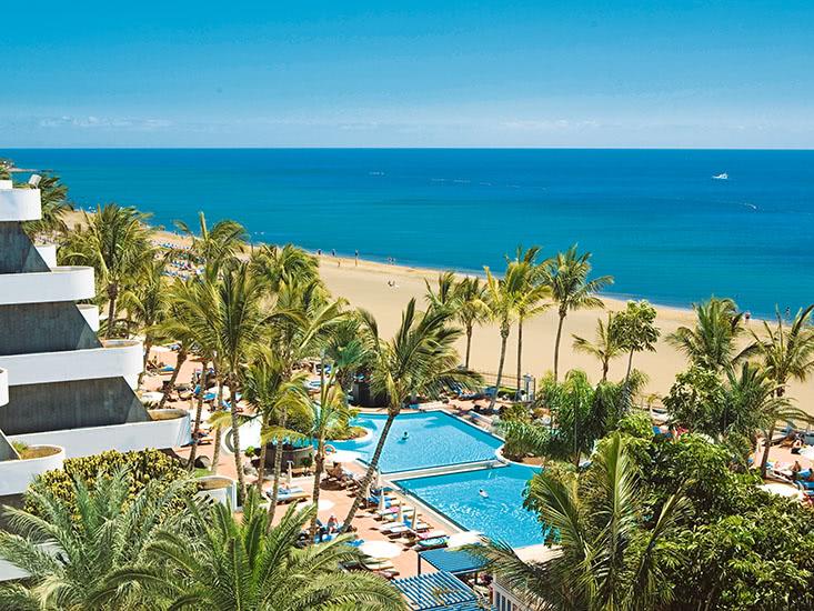 Apartotel Suitehotel Fariones Playa 1
