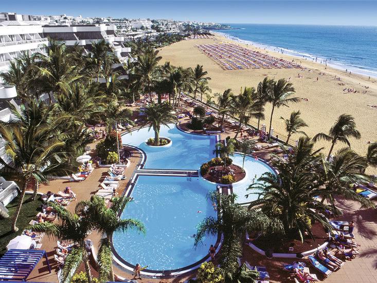 Apartotel Suitehotel Fariones Playa 4