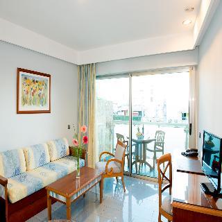 Apartotel Marinasol 3