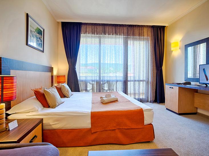 Hotel Dit Majestic Beach Resort 2
