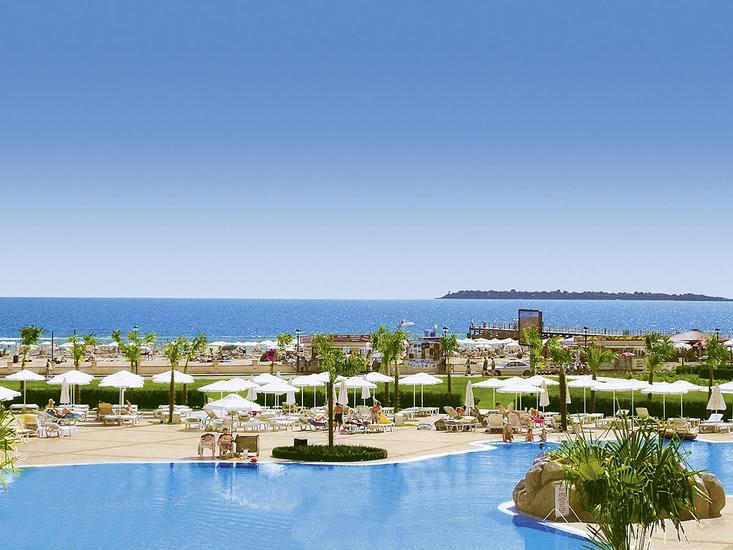 Hotel Dit Majestic Beach Resort 3