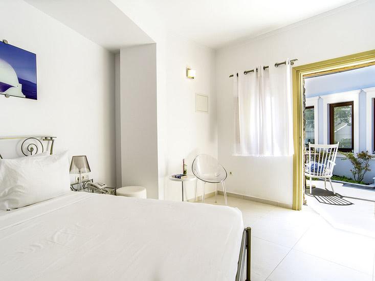 Hotel La Mer Deluxe and Spa 2