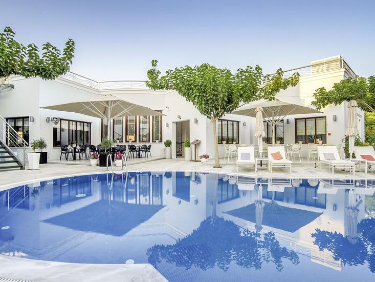 Hotel La Mer Deluxe and Spa 3