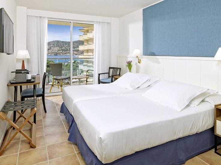 Hotel H10 Blue Mar 2