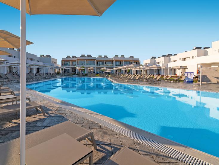 Hotel Lambi Palace 2