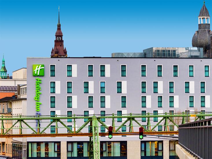 Foto Holiday Inn Express Wuppertal Hauptbahnhof *** Wuppertal