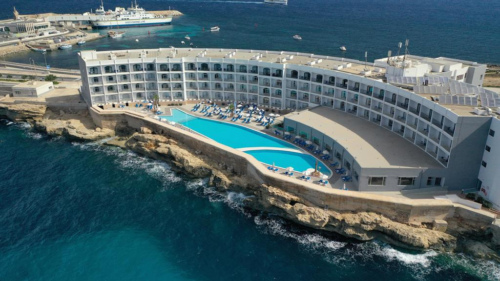 Hotel Paradise Bay 2