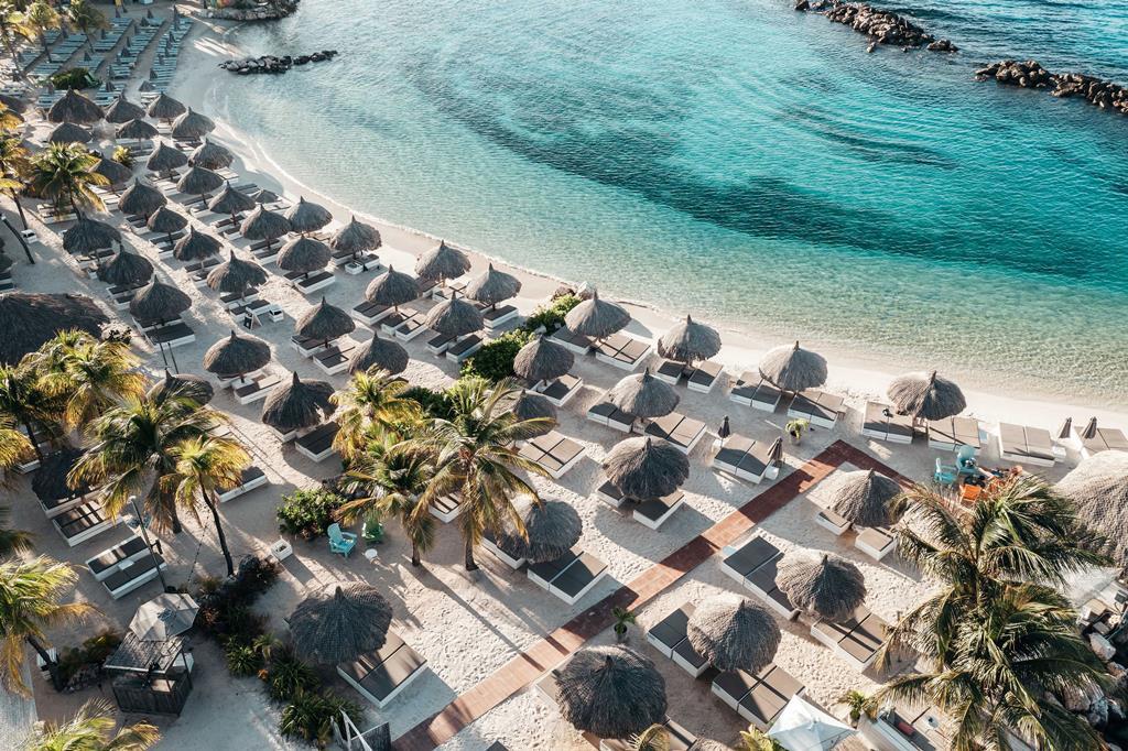 Hotel Van Der Valk Kontiki Beach Resort 3