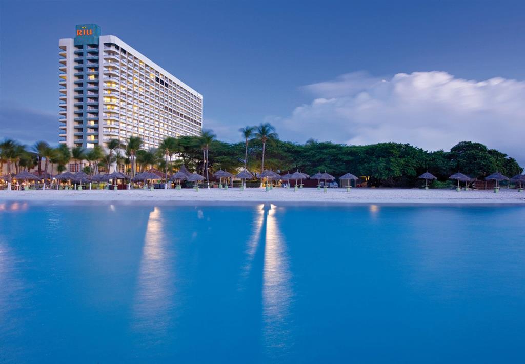 Hotel Riu Palace Antillas 1