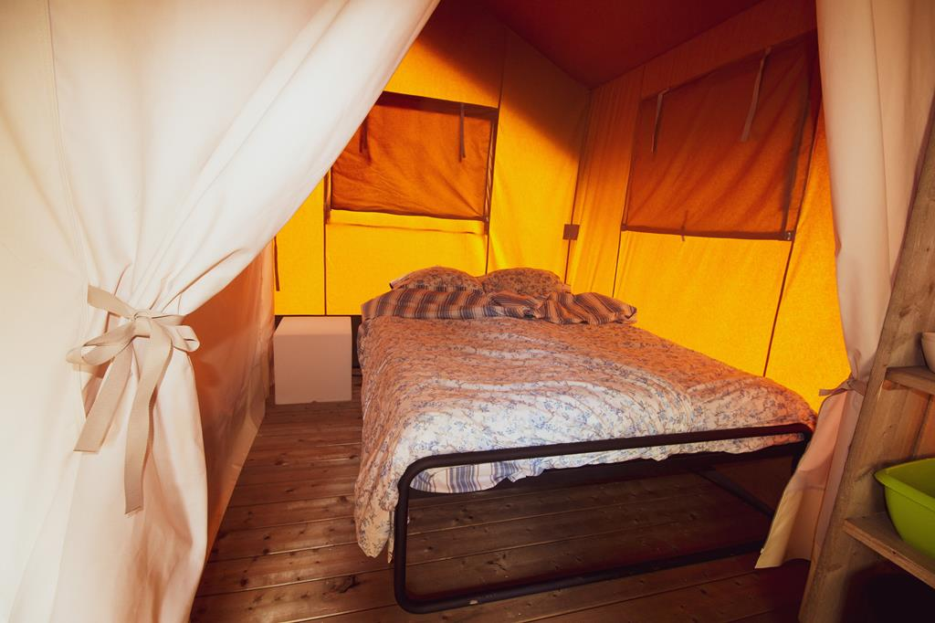 Camping Chateau De Satenot 4