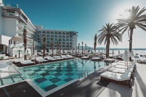 Amare Beach (Ibiza), 8 dagen
