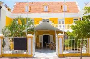 Academy (Curacao), 8 dagen