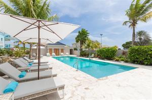 Dolphin Suites (Curacao), 8 dagen