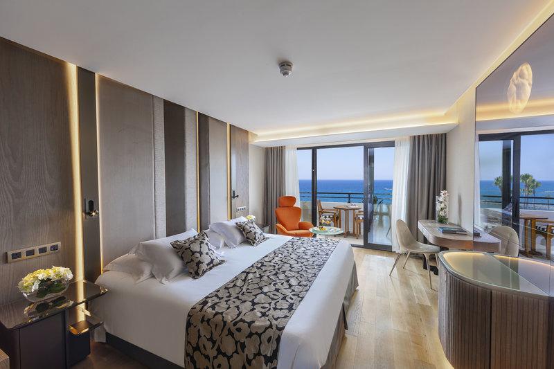 vakantie Amathus Beach_10