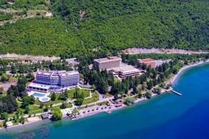 Metropol Lake Resort, 8 dagen