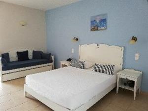 Apartotel Astra Village en Suites