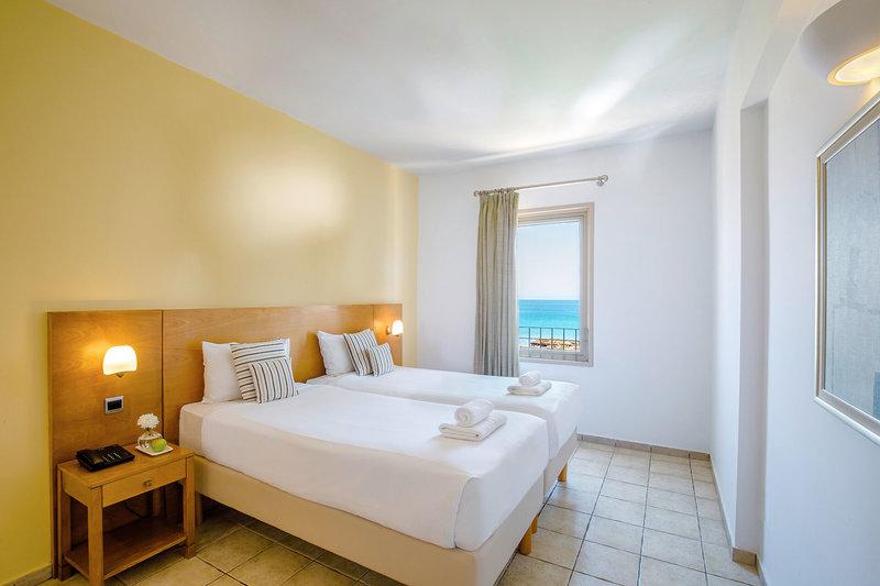 Hotel Louis Althea Beach 1