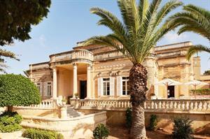 Corinthia Palace, 8 dagen