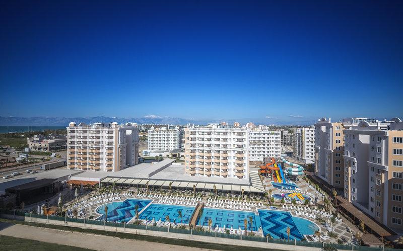 Hotel Ramada Resort Lara 1