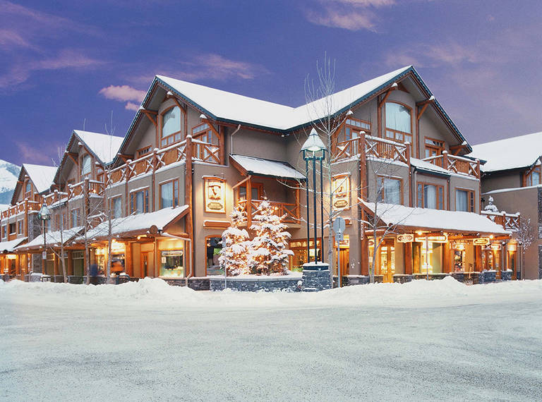 Brewsters Mountain Lodge_1