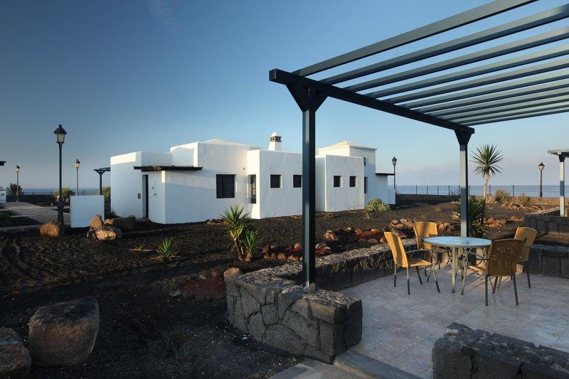 Apartotel VIK Villas Coral Beach 2