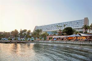 Hotel Amathus Beach
