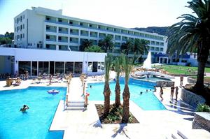 Hotel Avra Beach Resort en Bungalows
