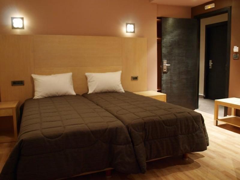 Hotel Areos 4